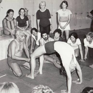 BKS Iyengar teaching